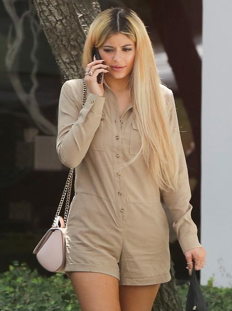 Kylie_Jenner_Blonde Hair