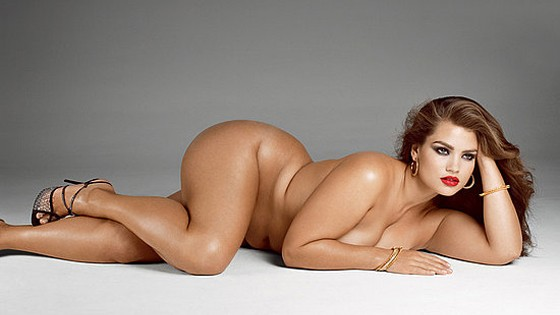 This Plus-size Model Bares it all to say being Fat is also Beautiful